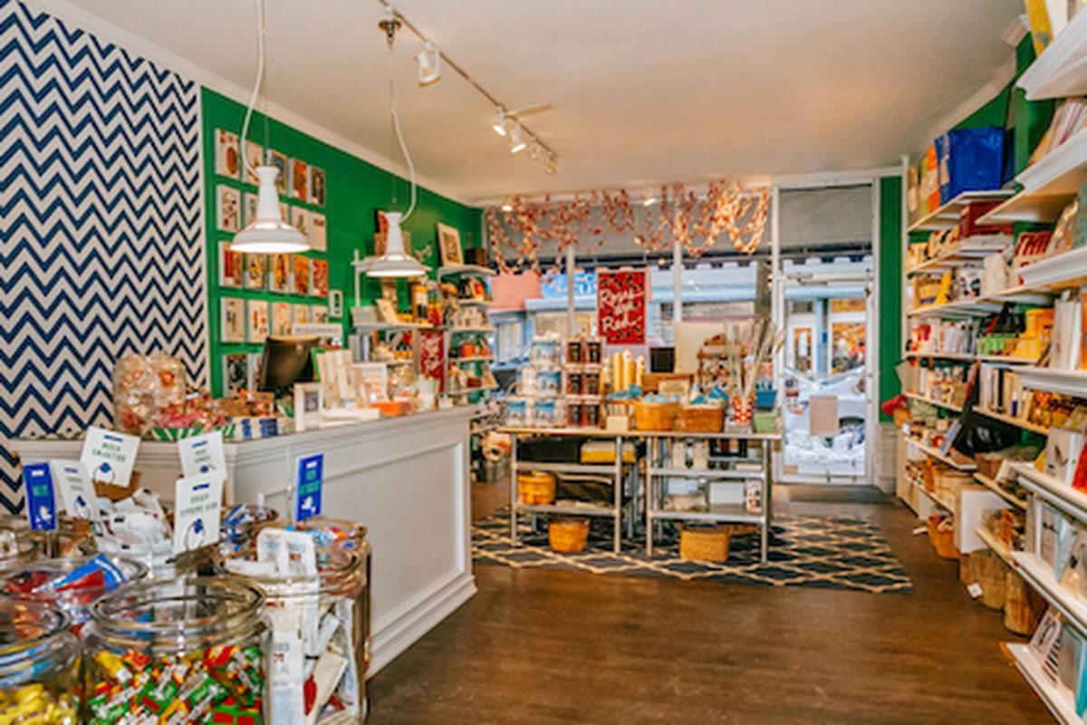 """Annie's Blue Ribbon General Store; Photo by <a href=""""http://peladopelado.com"""">Driely S.</a> for Racked"""
