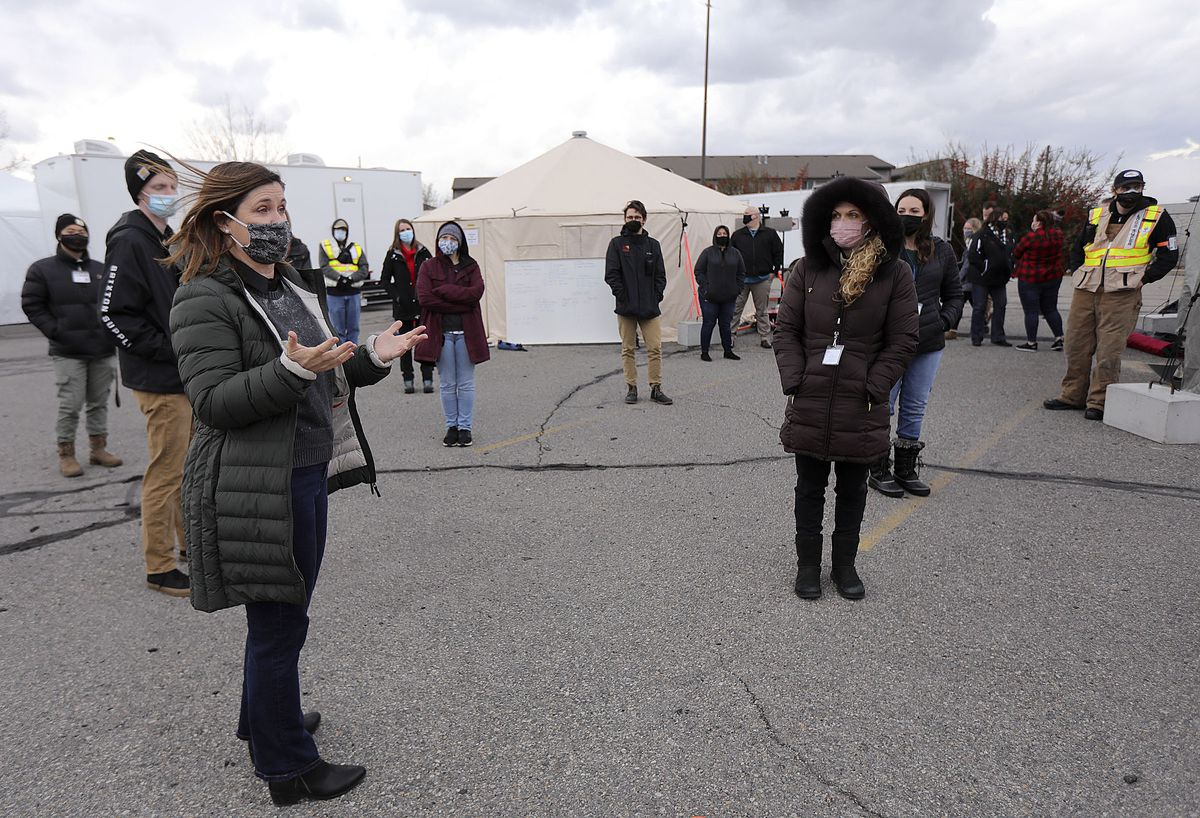 Salt Lake County Mayor Jenny Wilson thanks front-line workers at a COVID-19 testing site outside of the Maverik Center in West Valley City on Tuesday, Dec. 22, 2020.