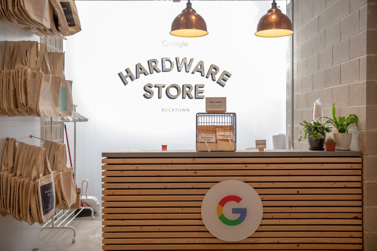 Google opened the company's first-ever hardware popup store for trying and buying new products at 1704 N. Damen Ave., Thursday morning, Oct. 18, 2018. | Ashlee Rezin/Sun-Times