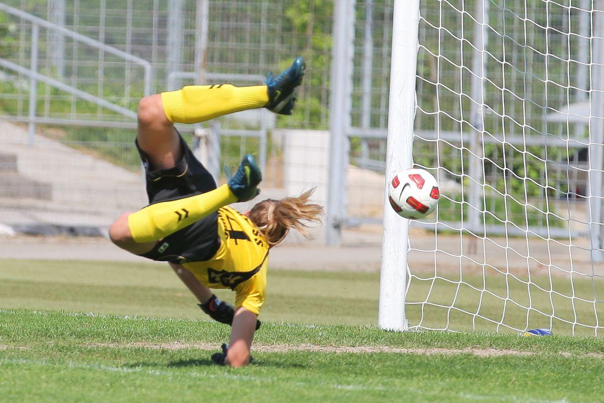 2. Women's Bundesliga South - SC Freiburg v FCR Duisburg