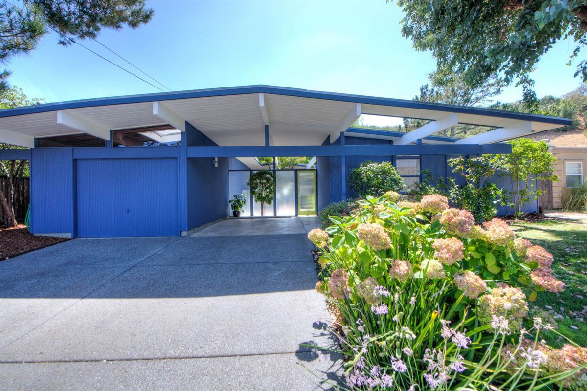 California Eichler Trimmed In Blue Asks 1 2m Curbed