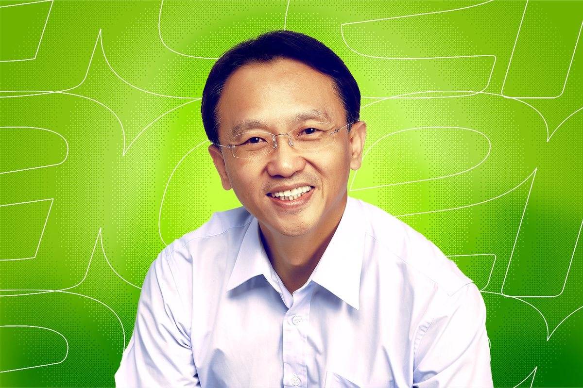 Jason Chen, Acer CEO, in front of a green background.