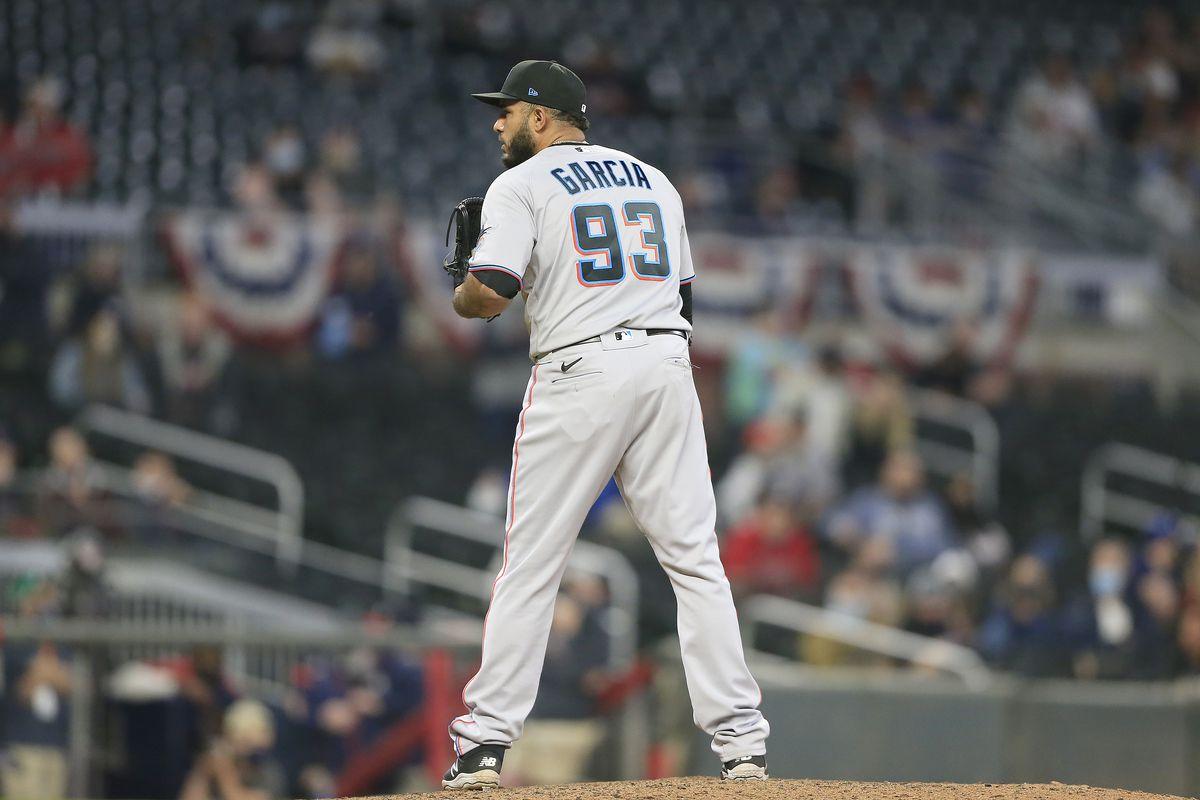 MLB: APR 14 Marlins at Braves