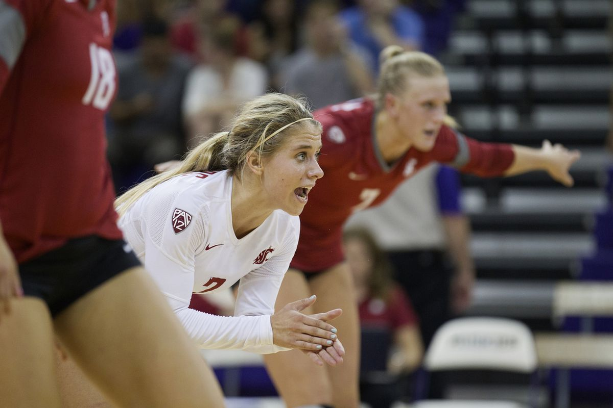 Kate Sommers gets ready for play to resume at UW last year