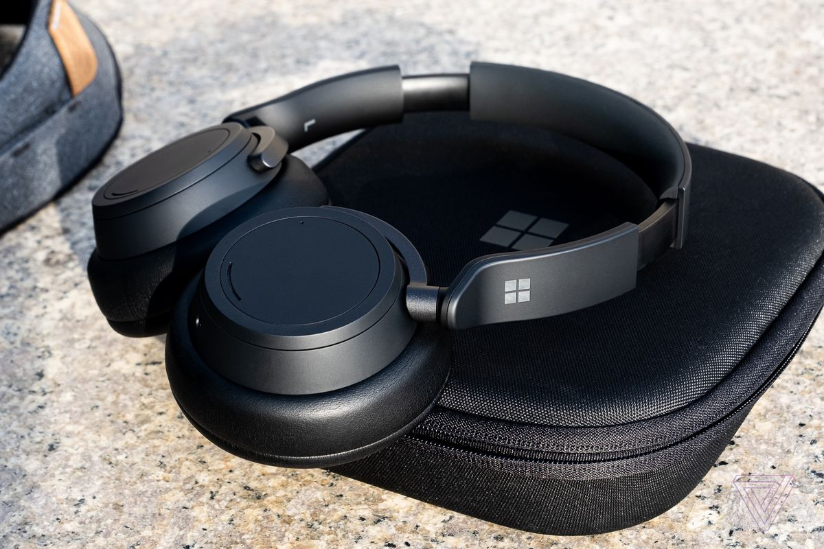 The Surface Headphones 2 pictured on their carrying case.