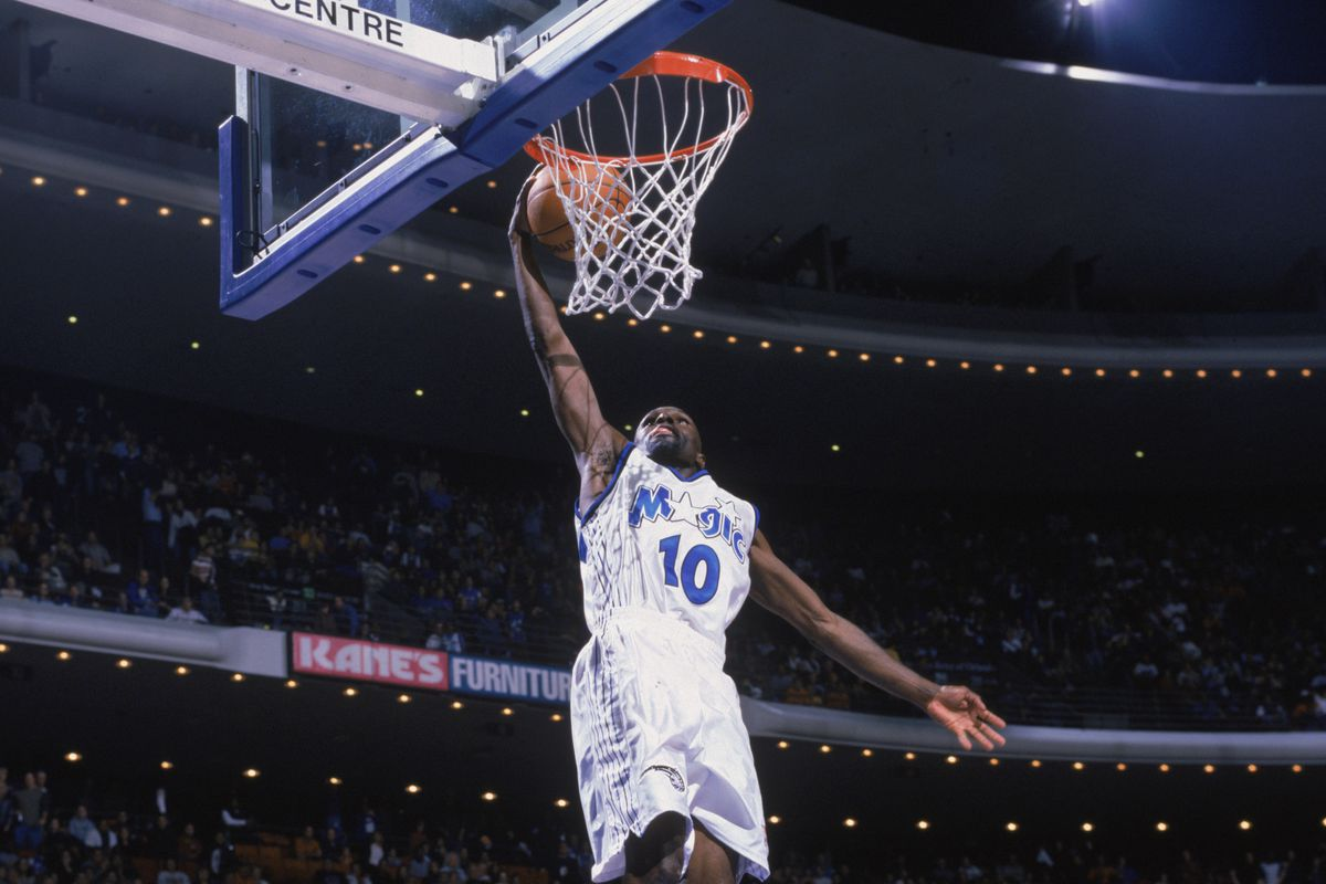 Darrell Armstrong takes the ball up