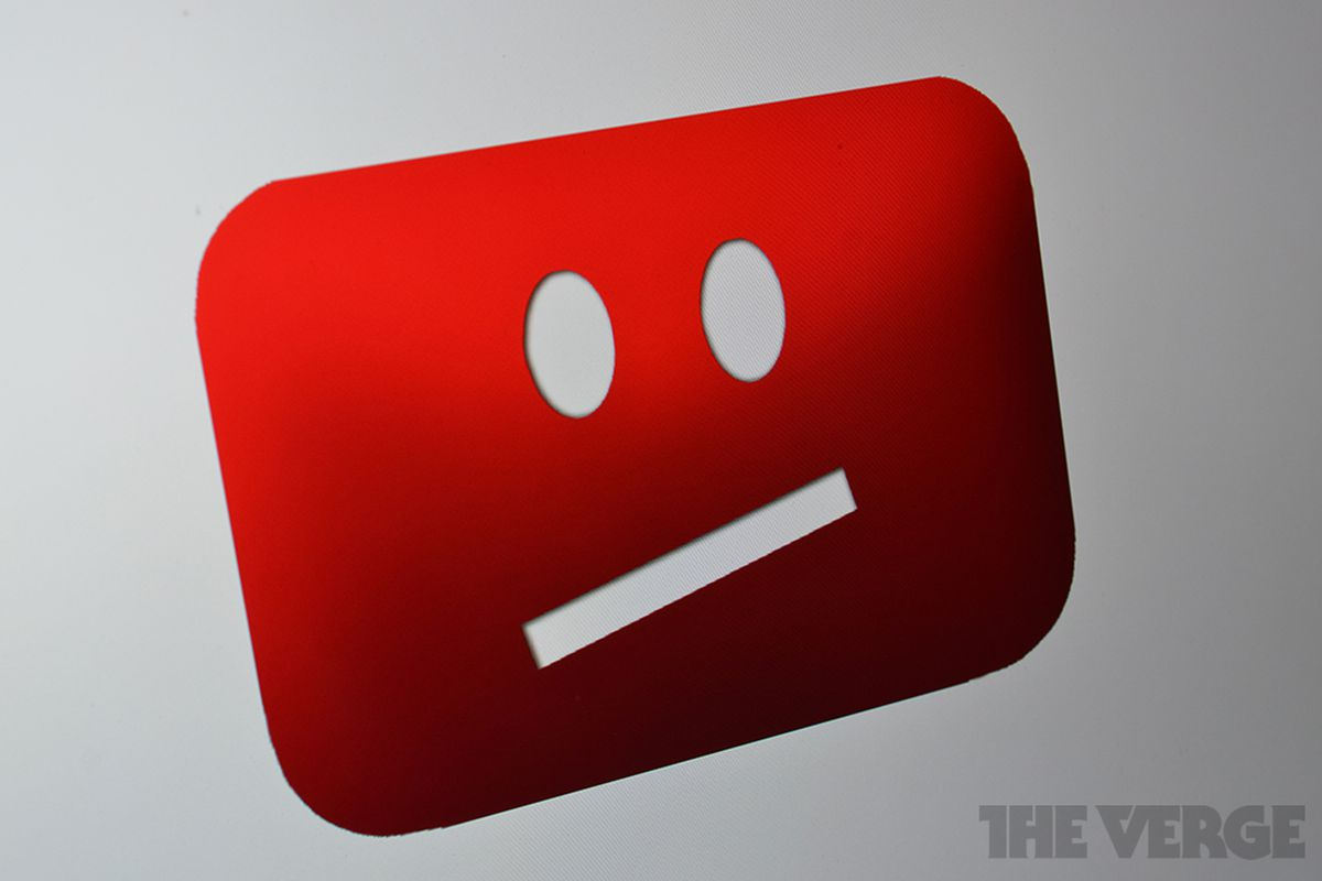 YouTube says new mods mistakenly took down right-wing channels