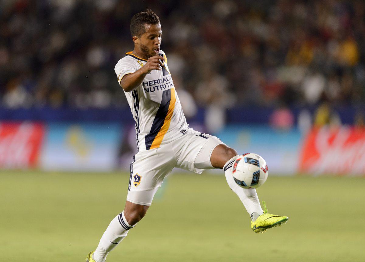 MLS: Columbus Crew SC at LA Galaxy