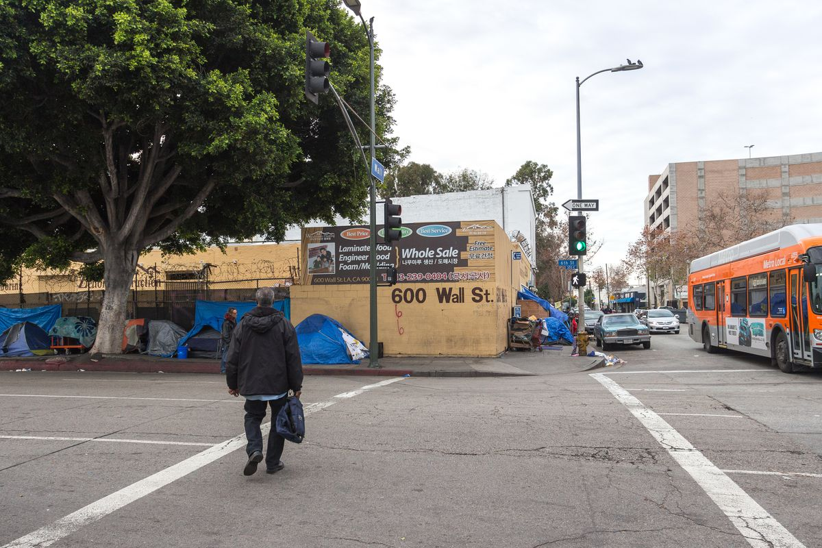 West Coast crisis leads to rise in US homeless population