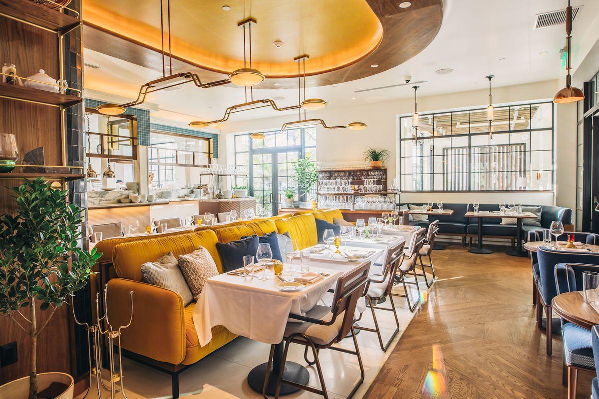 a0185e8f Coastal Italian Flavors Converge at West Hollywood's New Viale dei Romani