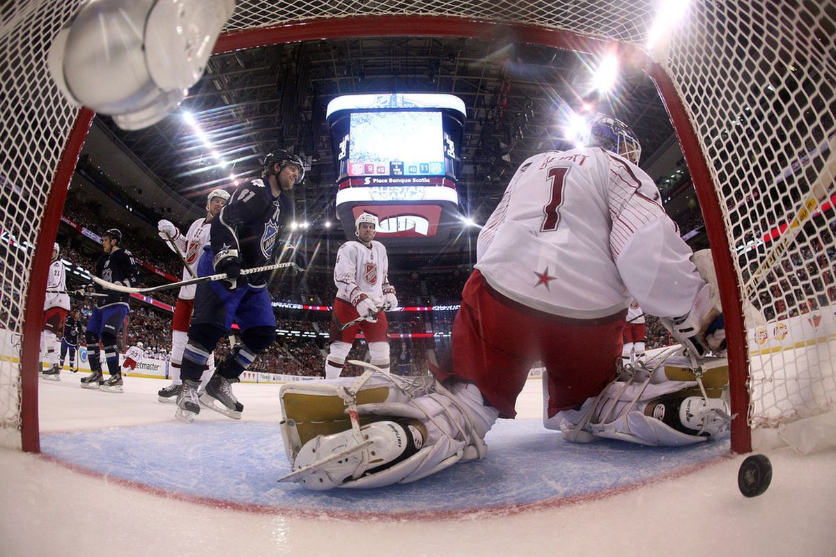 The last time he was on Ottawa ice, Brian Elliott was pooping goals for the other team.