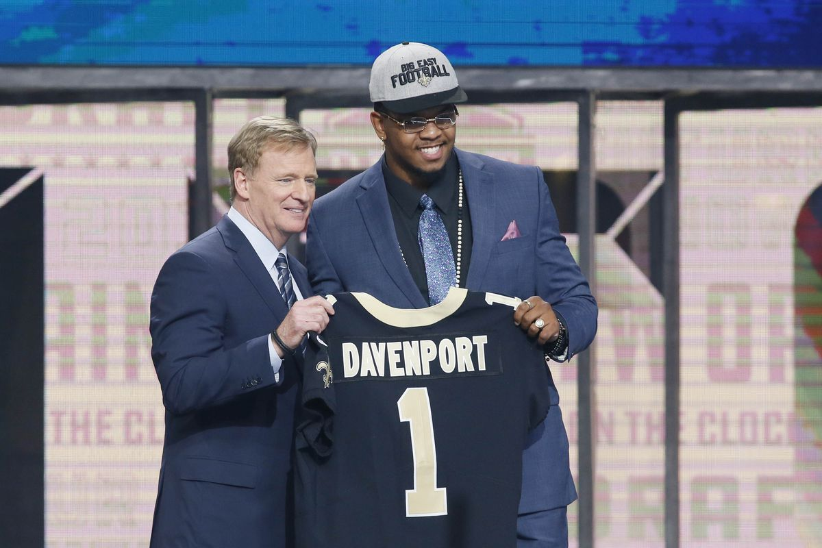 Arlington, TX - Marcus Davenport with NFL commissioner Roger Goodell  after being selected as the number fourteen overall pick to the New  Orleans Saints in the first round of the 2018 NFL Draft at AT&T Stadium.