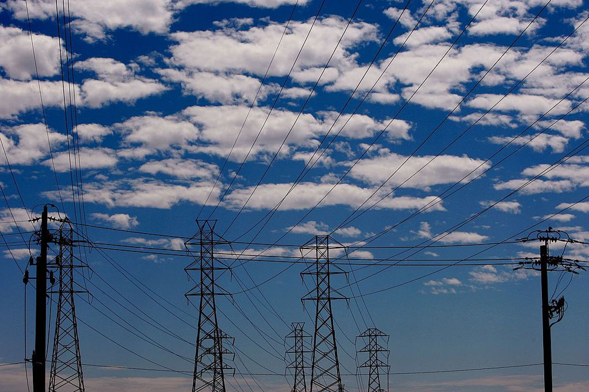 The Western Us Grid Is Fragmented Stitching It Together