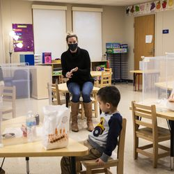 Mayor Lori Lightfoot and Chicago Public Schools CEO Janice Jackson visit a preschool classroom at Dawes Elementary School at 3810 W. 81st Pl. on the Southwest Side, Monday morning, Jan. 11, 2021.