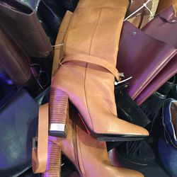 Barbara Bui boots, $285 (from $1,135)