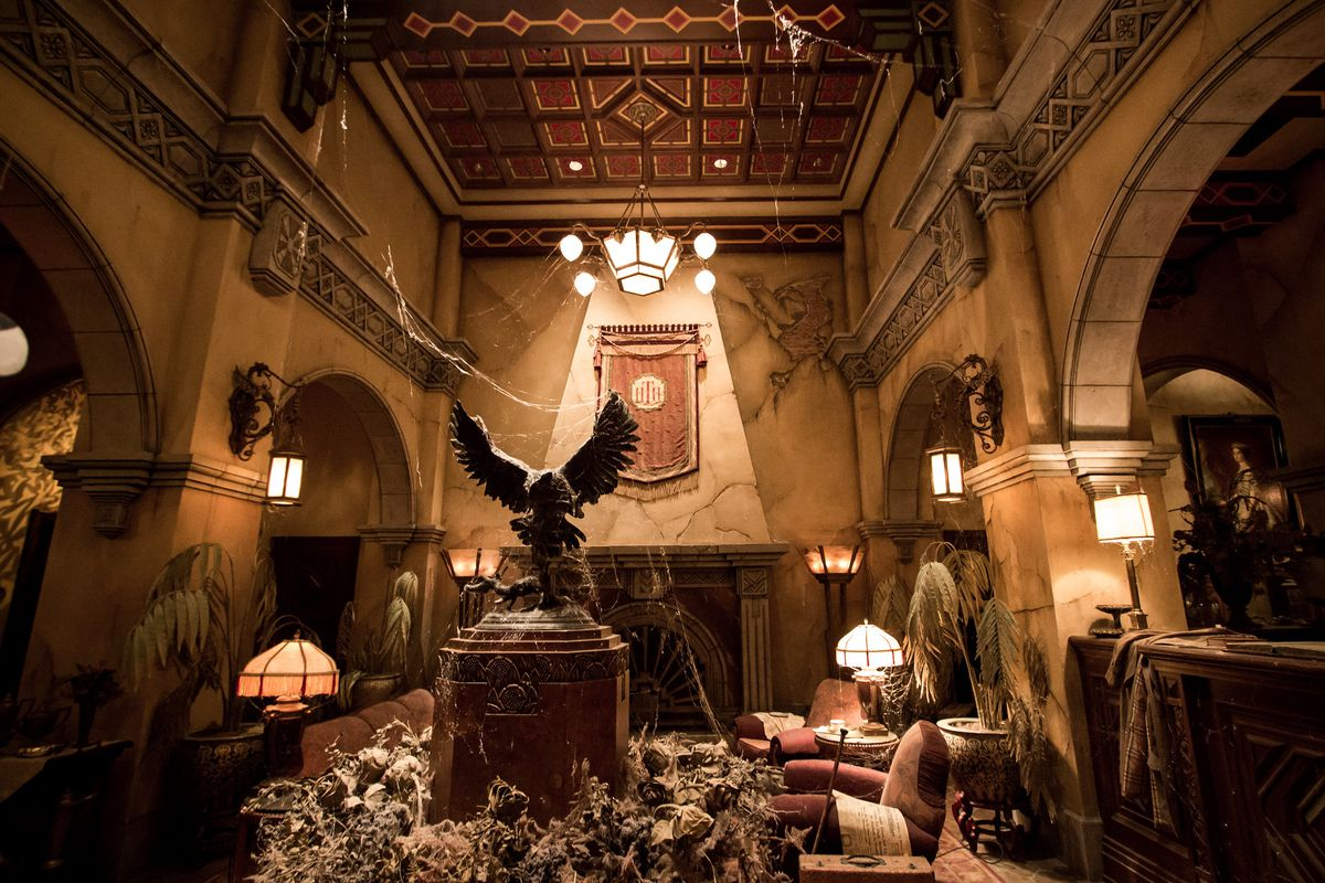 the lobby of the Hollywood Tower Hotel has been abandoned for a long time, and is in disrepair