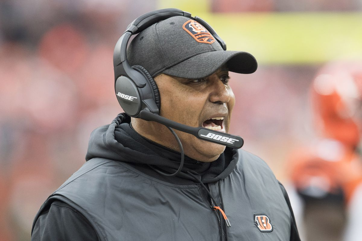 Cincinnati Bengals head coach Marvin Lewis yells from the sideline during the first half against the Cleveland Browns at FirstEnergy Stadium.