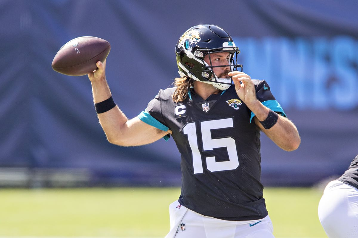 Gardner Minshew II #15 of the Jacksonville Jaguars throws a pass in the first half of a game against the Tennessee Titans at Nissan Stadium on September 20, 2020 in Nashville, Tennessee.
