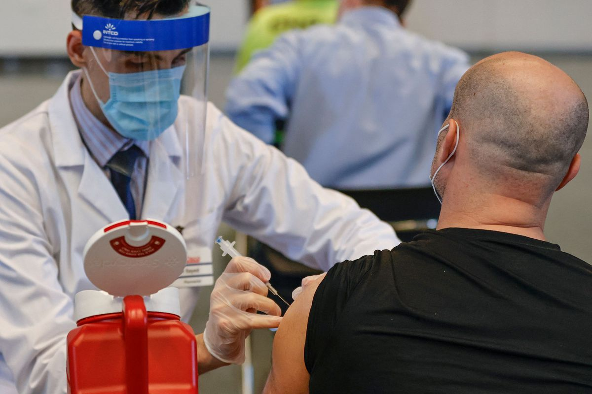 State health officials reported that Illinois doled out only 44,678 vaccines Saturday, the fewest shots administered in a single day since April 5.