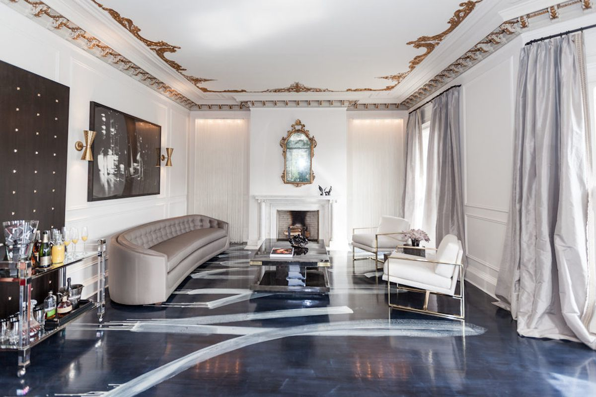 """<a href=""""http://www.catherinekwong.com/"""">Catherine Kwong Design</a> got the highly coveted living room, which is the first room you see when you enter the home. Catherine's design was inspired by """"Mick and Bianca Jagger&#8212;the early years."""" From"""