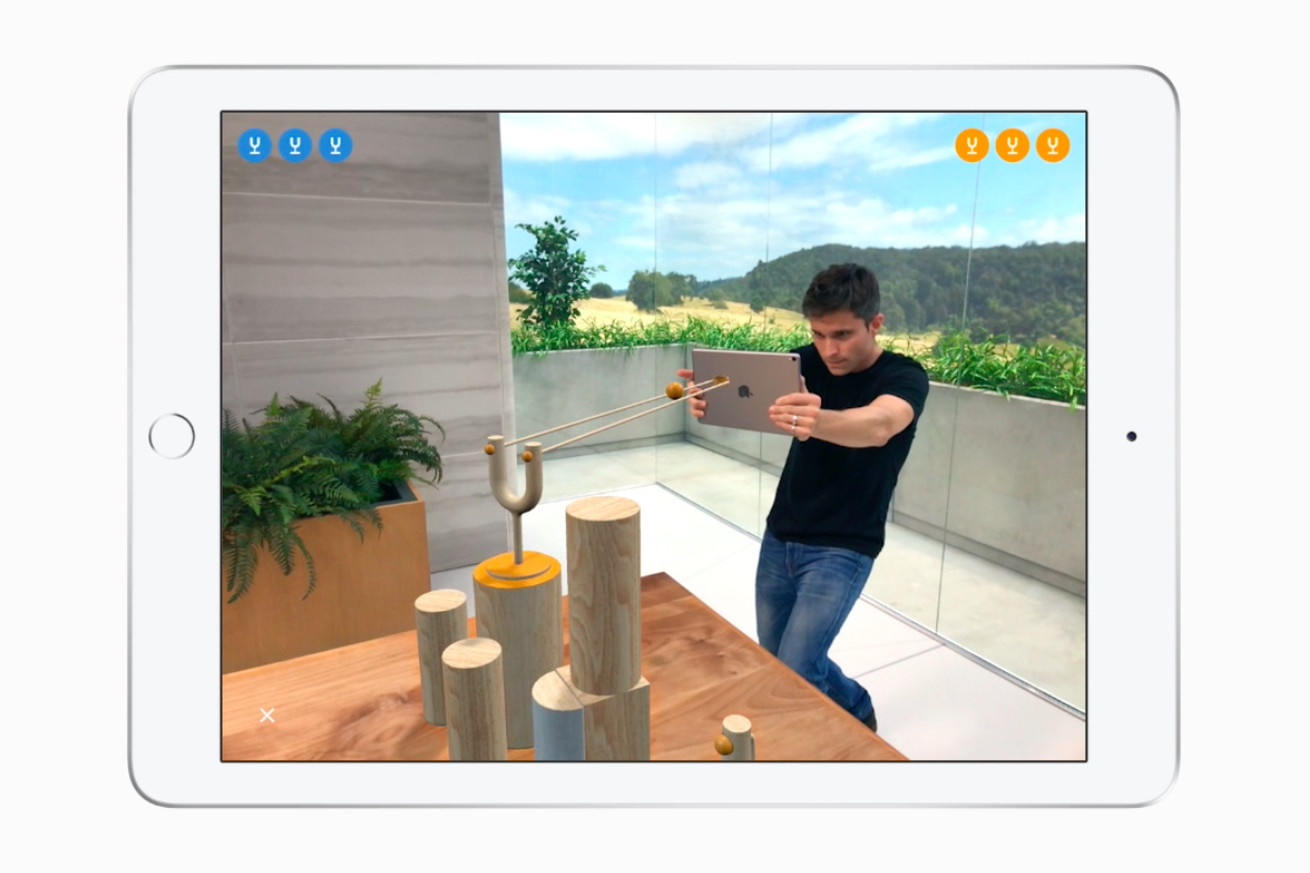 apple made a competitive slingshot game to showcase multiplayer augmented reality