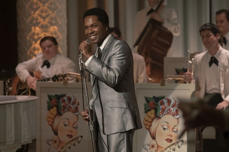 As Sam Cooke, Leslie Odom Jr. sings with a band.