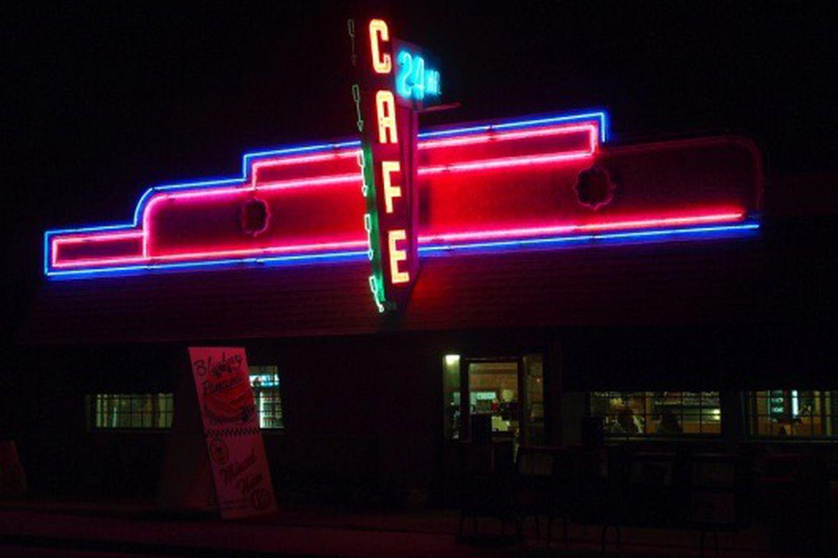 24 Hour Cafe, Long Beach.