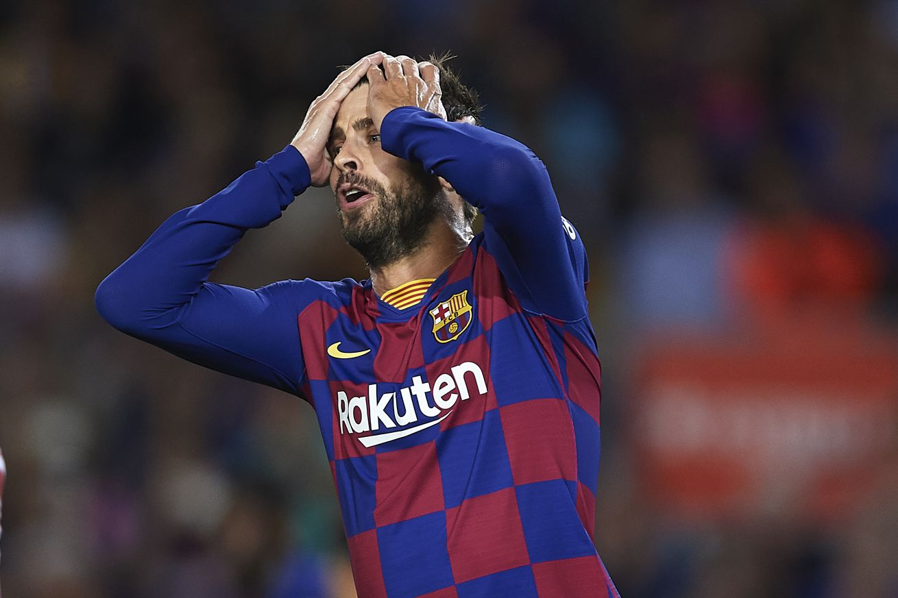 Pique suspended for Barcelona?s clash with Dortmund