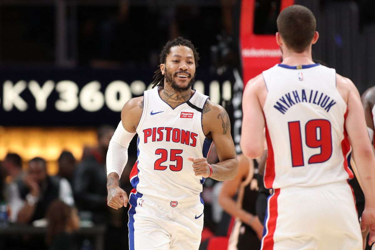 Detroit Pistons guard Derrick Rose celebrates a basket with guard Sviatoslav Mykhailiuk in the second half against the Atlanta Hawks at State Farm Arena.