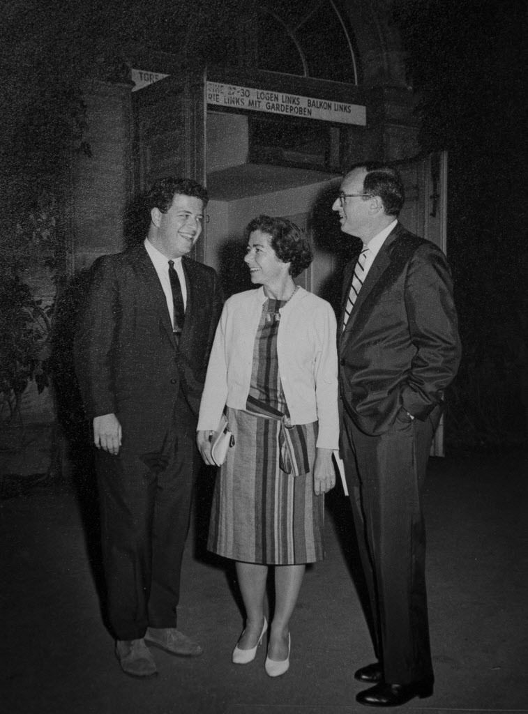 The conductor James Levine (left) with Evi and Walter Levin in 1966 at the annual Richard Wagner Festspiele. | File photo