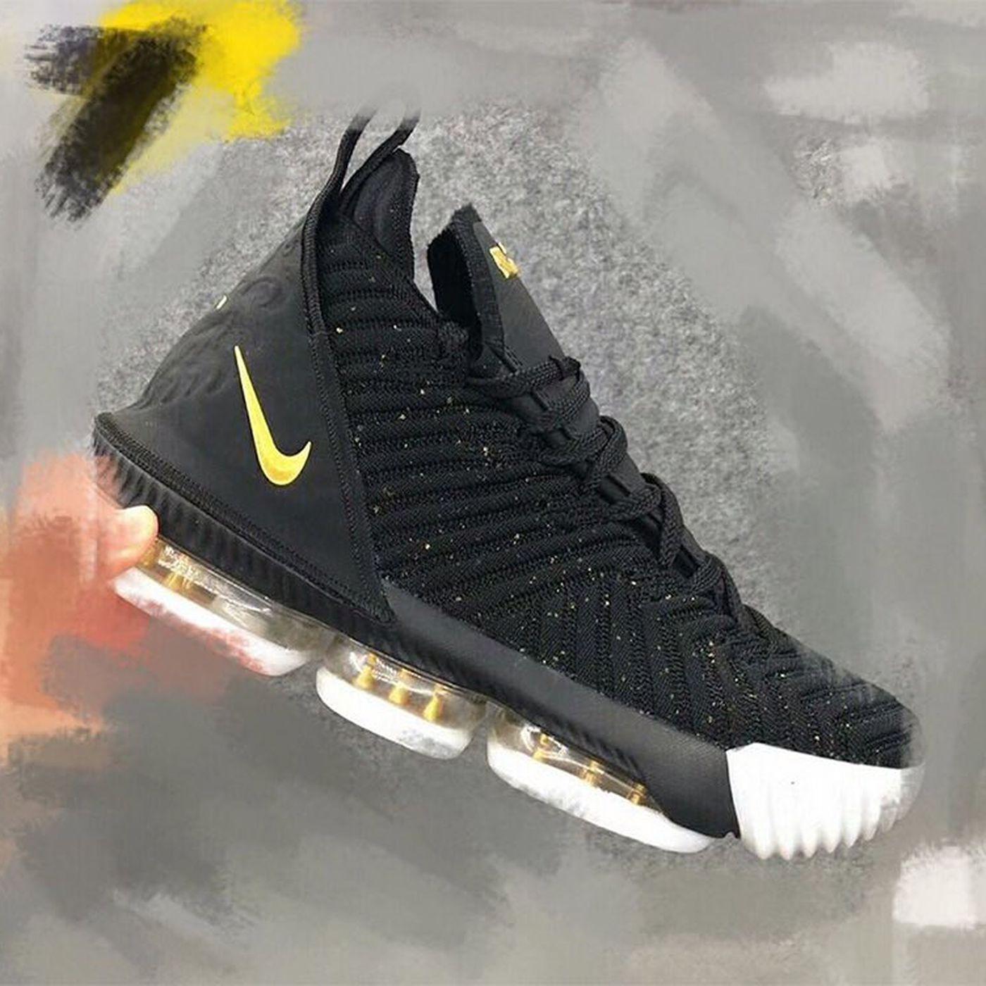 98e5fd053f9d Sneak peek at Nike LeBron 16 leaks on Twitter - Silver Screen and Roll