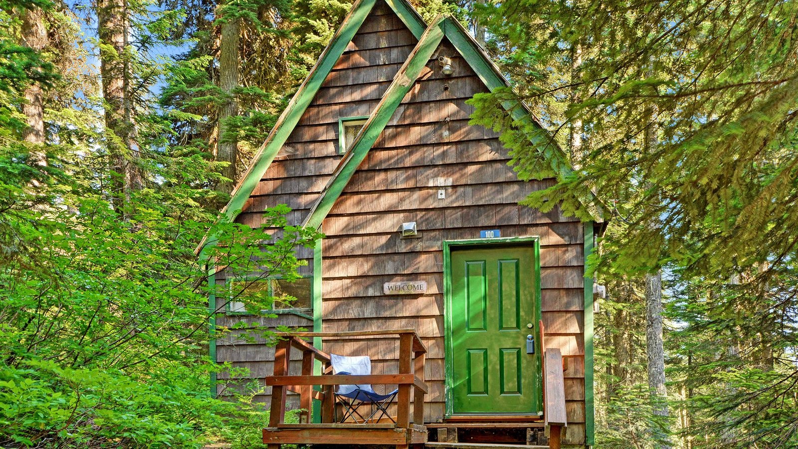 Retreat to a tiny house in snoqualmie pass for under 100k for Houses for under 100k near me