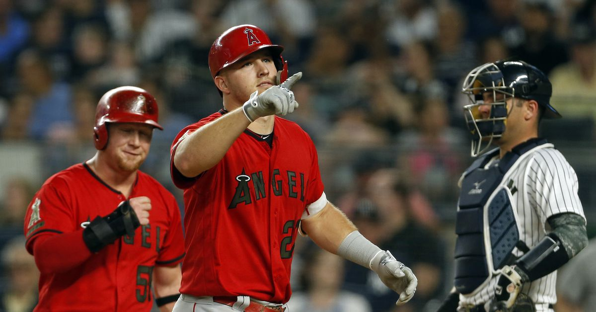 Mike Trout got 5 hits for the first time in his great career