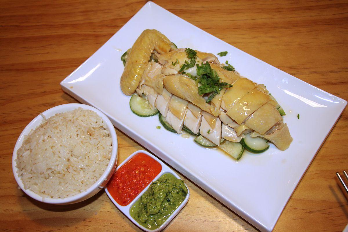 Boneless Hainanese chicken at Yummy Tummy