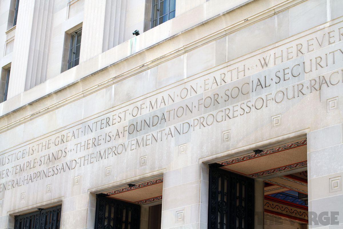 Apple lawyers put judge in ebook antitrust case on defensive the doj9 fandeluxe PDF