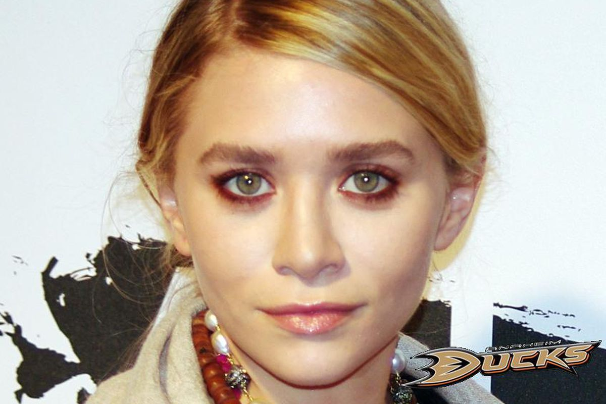 Clearly the better, smarter, hotter Olsen. Photo credit