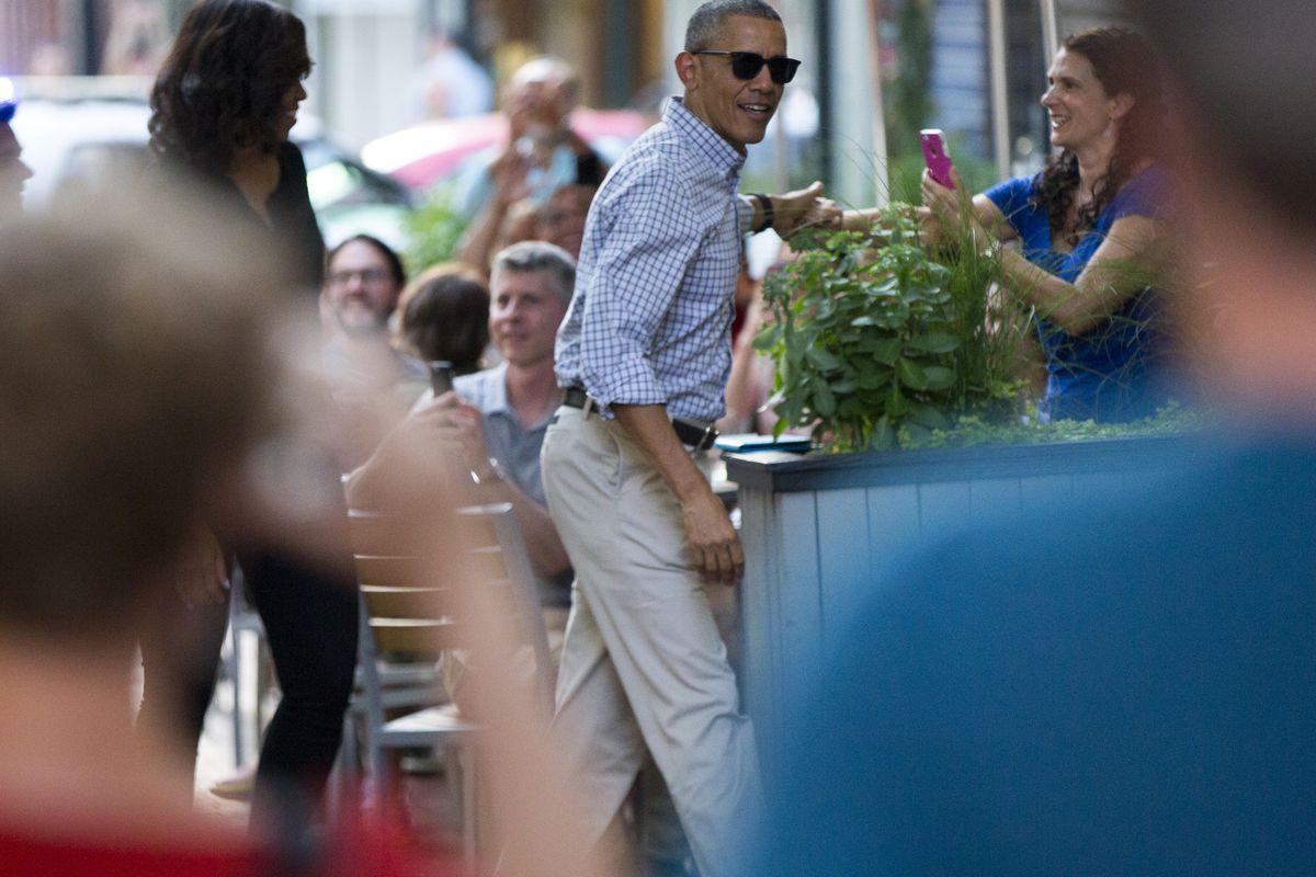 The Obamas arrive at Oyamel