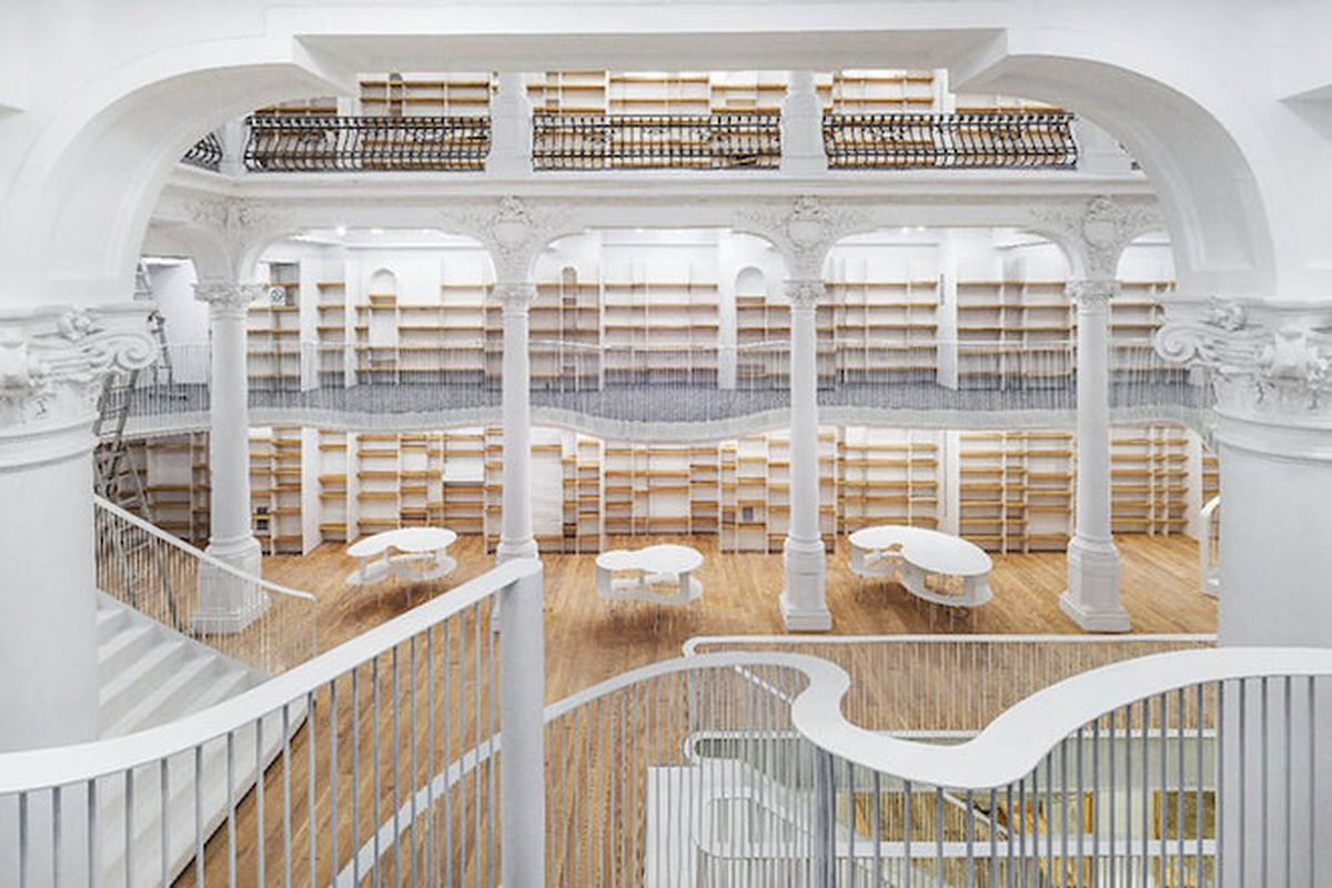 """The new Carousel of Light book emporium in Bucharest, Romania—Photo by <a href=""""http://www.cosmindragomir.info/"""">Cosmin Dragomir</a>"""