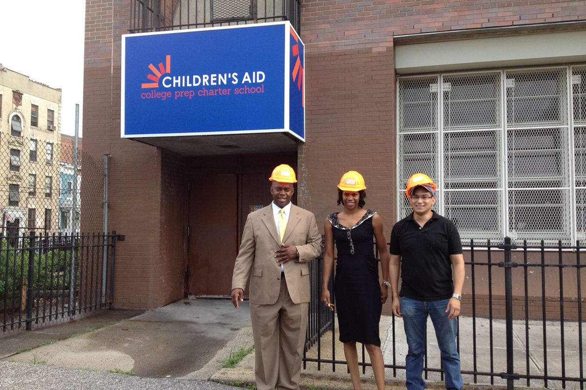 Richard Buery, left, on a 2012 tour of Children's Aid Society's charter school building before opening.