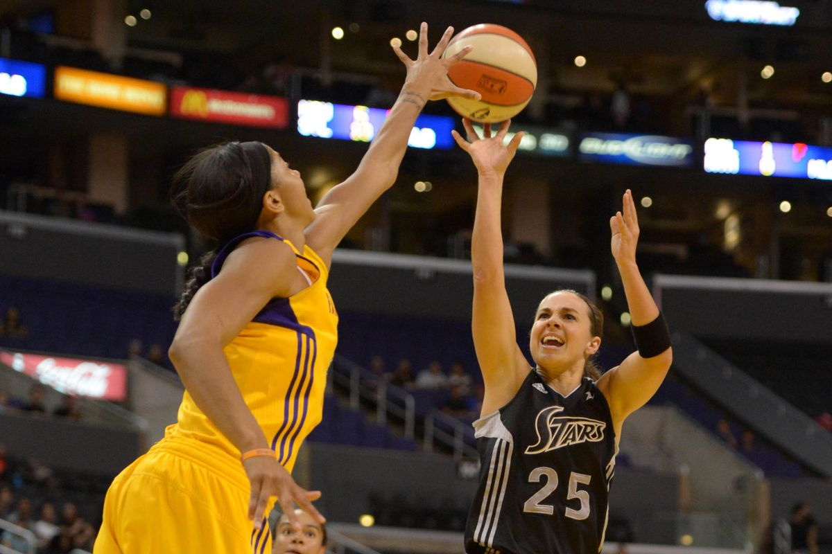 San Antonio Silver Stars guard Becky Hammon expects to make her 2013 WNBA debut on Satuday against the L.A. Sparks.