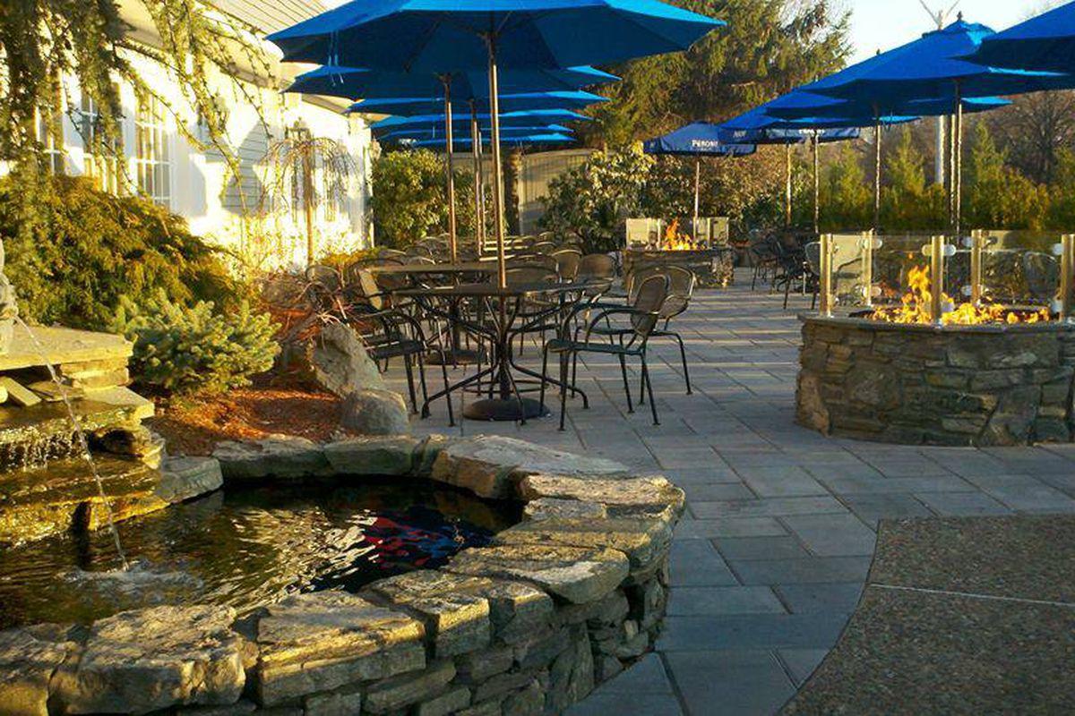Freeport Tavern patio