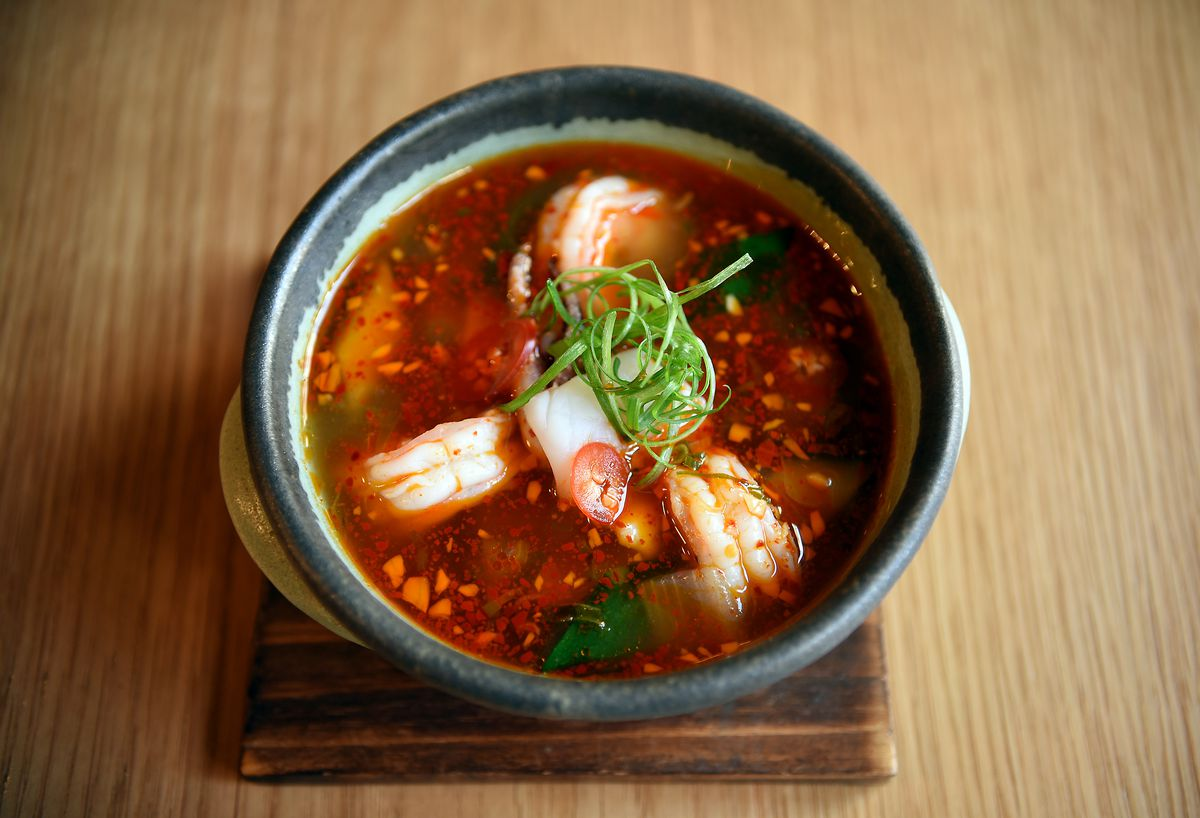 Spicy tofu seafood soup