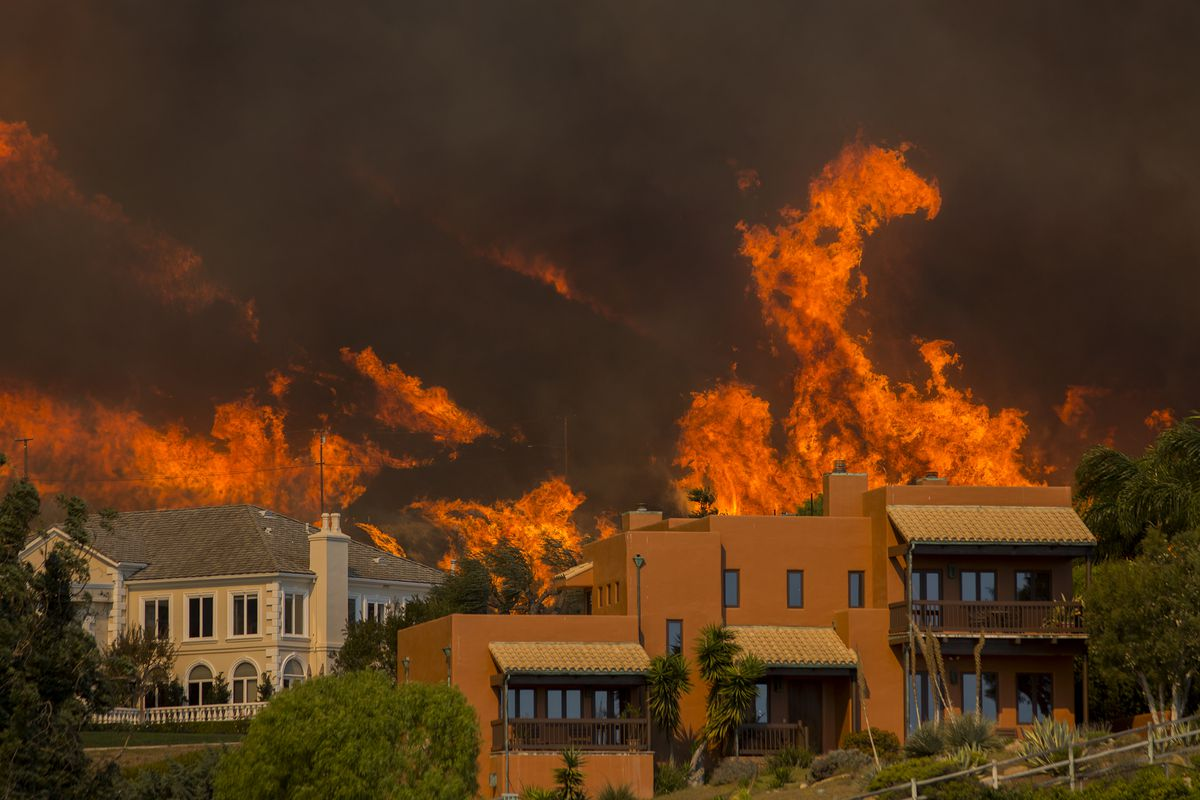 Woolsey Fire Burns 96 949 Acres Across Los Angeles Ventura Curbed La