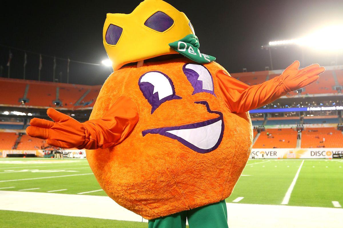 Happy oranges for everyone!