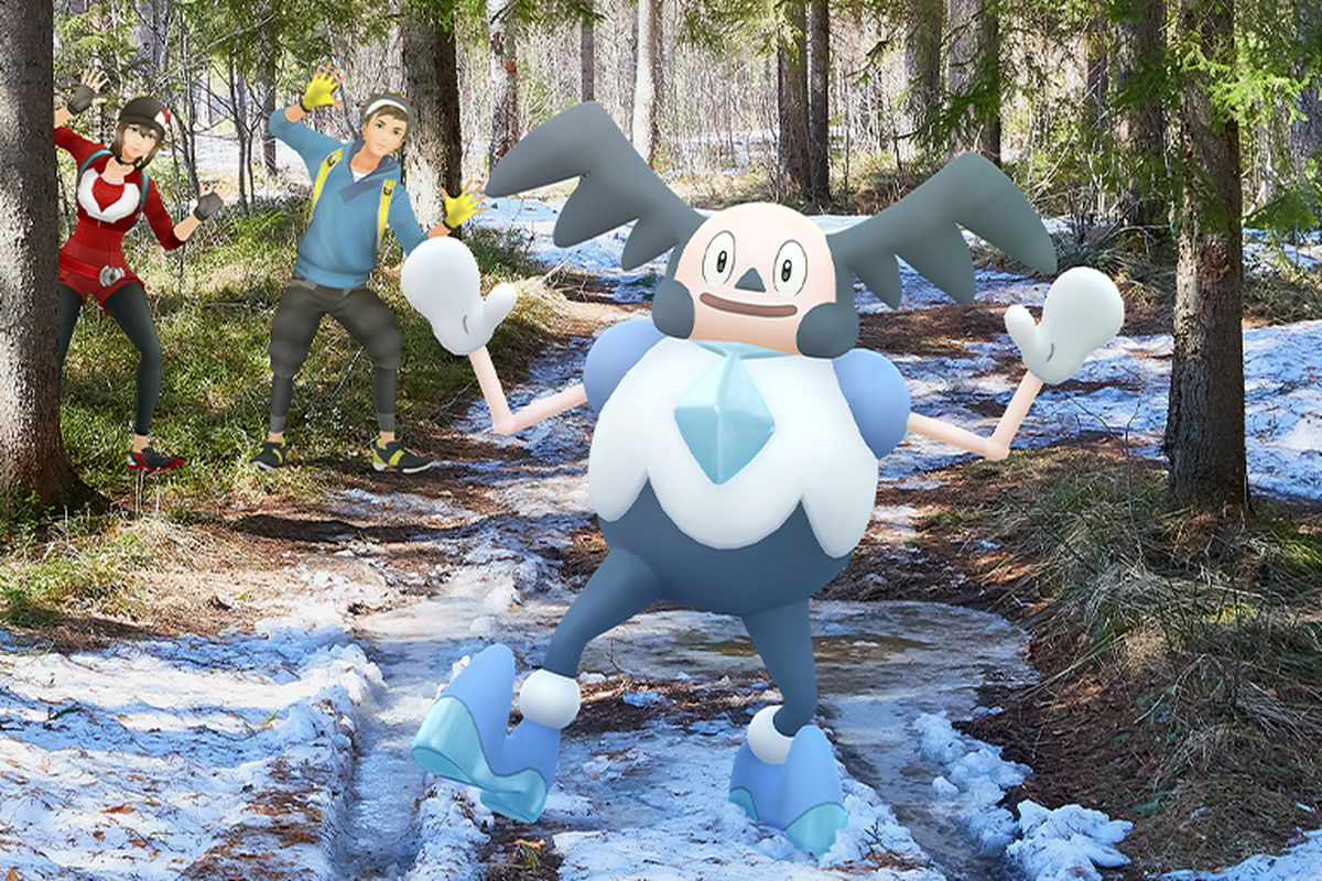 Pokémon trainers see and imitate a Galarian Mr. Mime