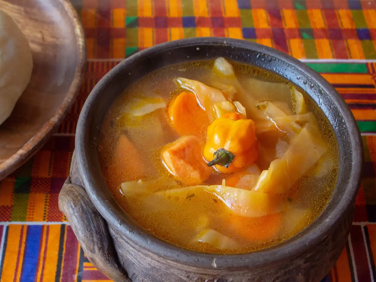 A picture of the veggie pepper soup served with fufu at Akadi