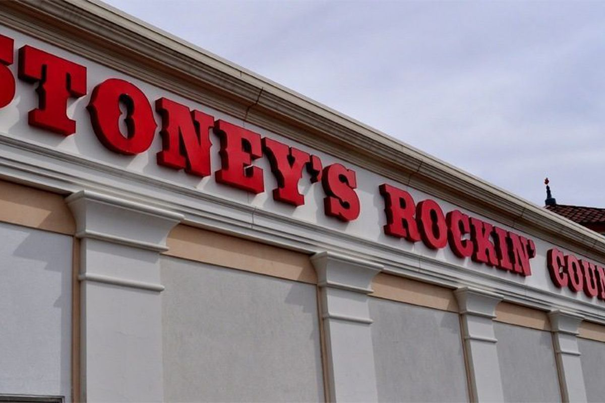 Stoney's Rockin' Country is coming to Town Square.
