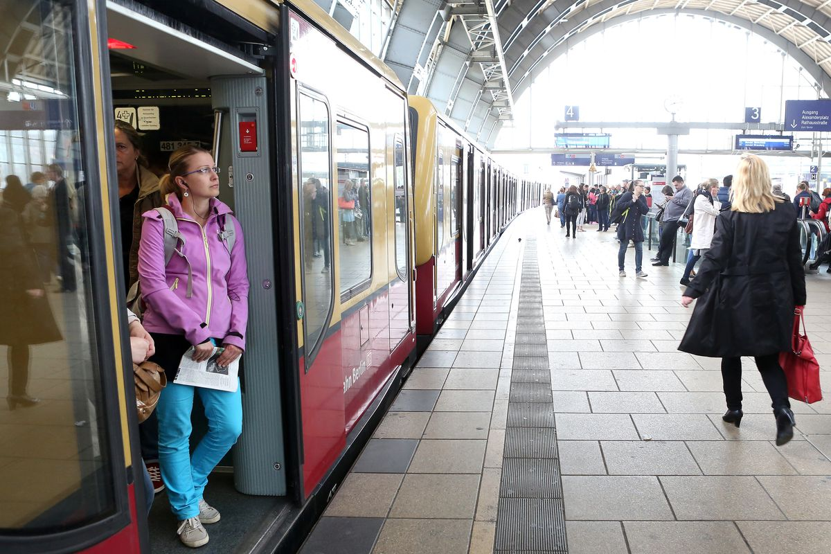 Could Free Public Transportation Improve Air Quality in German Cities?