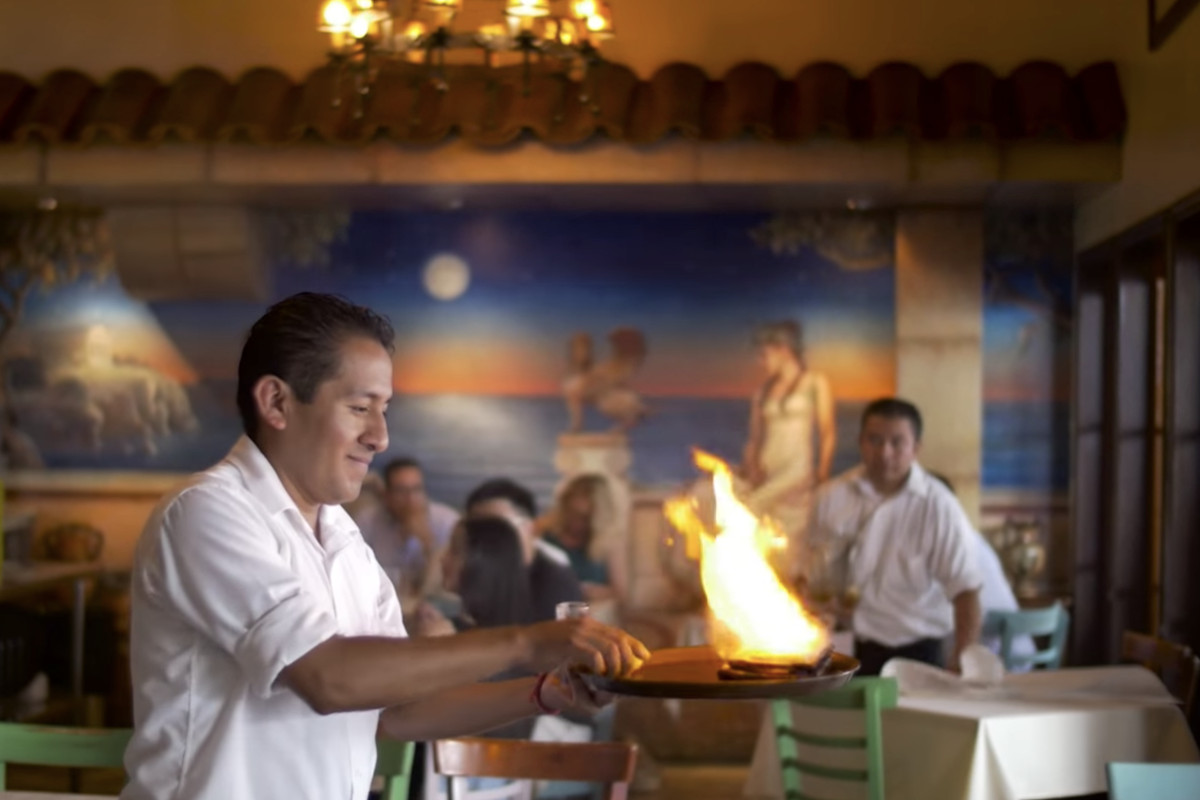 Tableside Fire Preparations At The Old Ulysses Voyage Original Farmers Market You One Of Los Angeles S Enduring Greek Restaurants