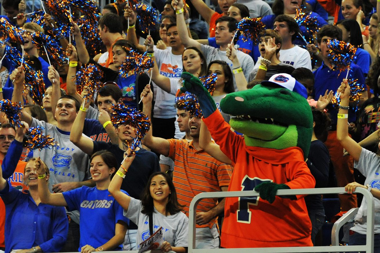 The Hanging Gator, Day 1: Mom's Choice - Dawg Sports